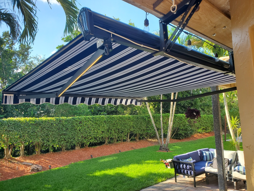 awning installation in Davie Florida